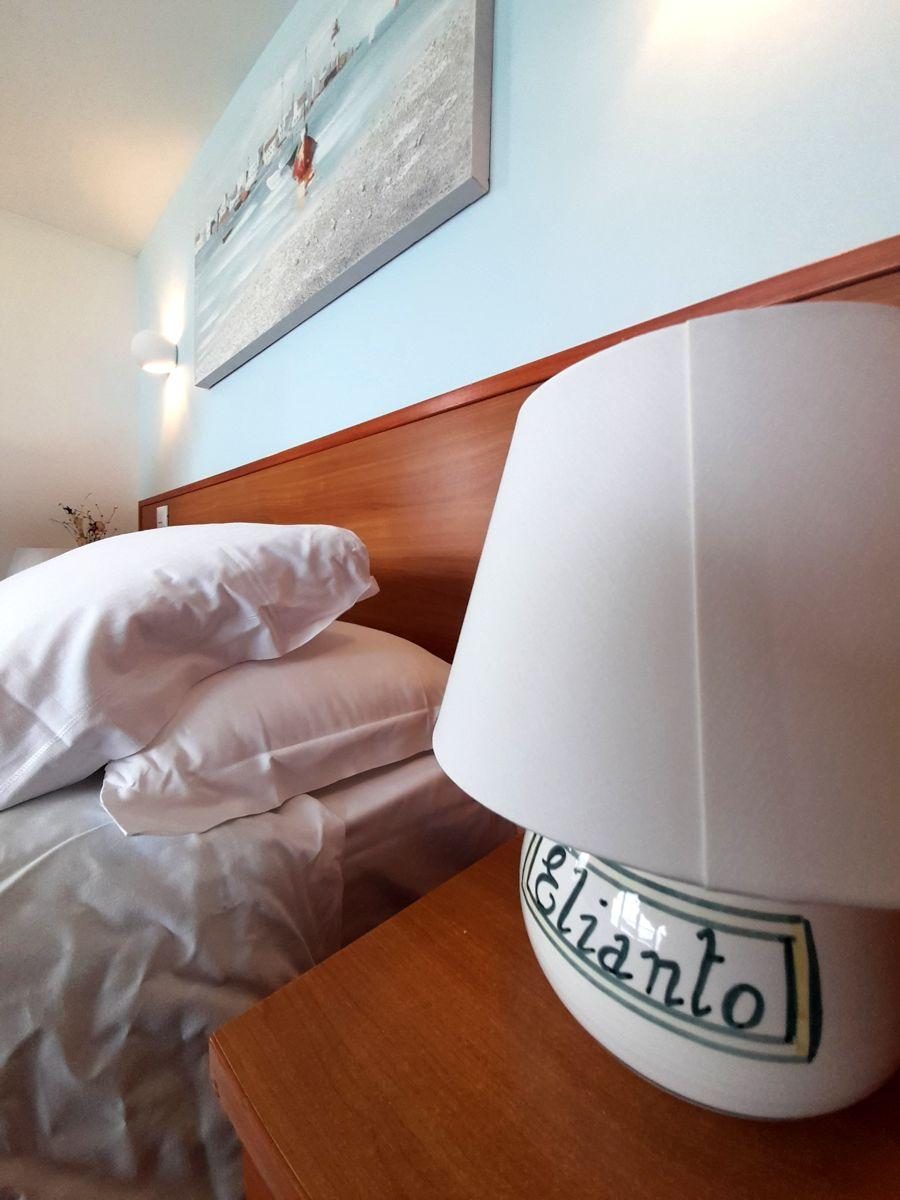 elianto_residence_anzio_appartamenti_fronte_mare_hotel_orchidea_interno_2