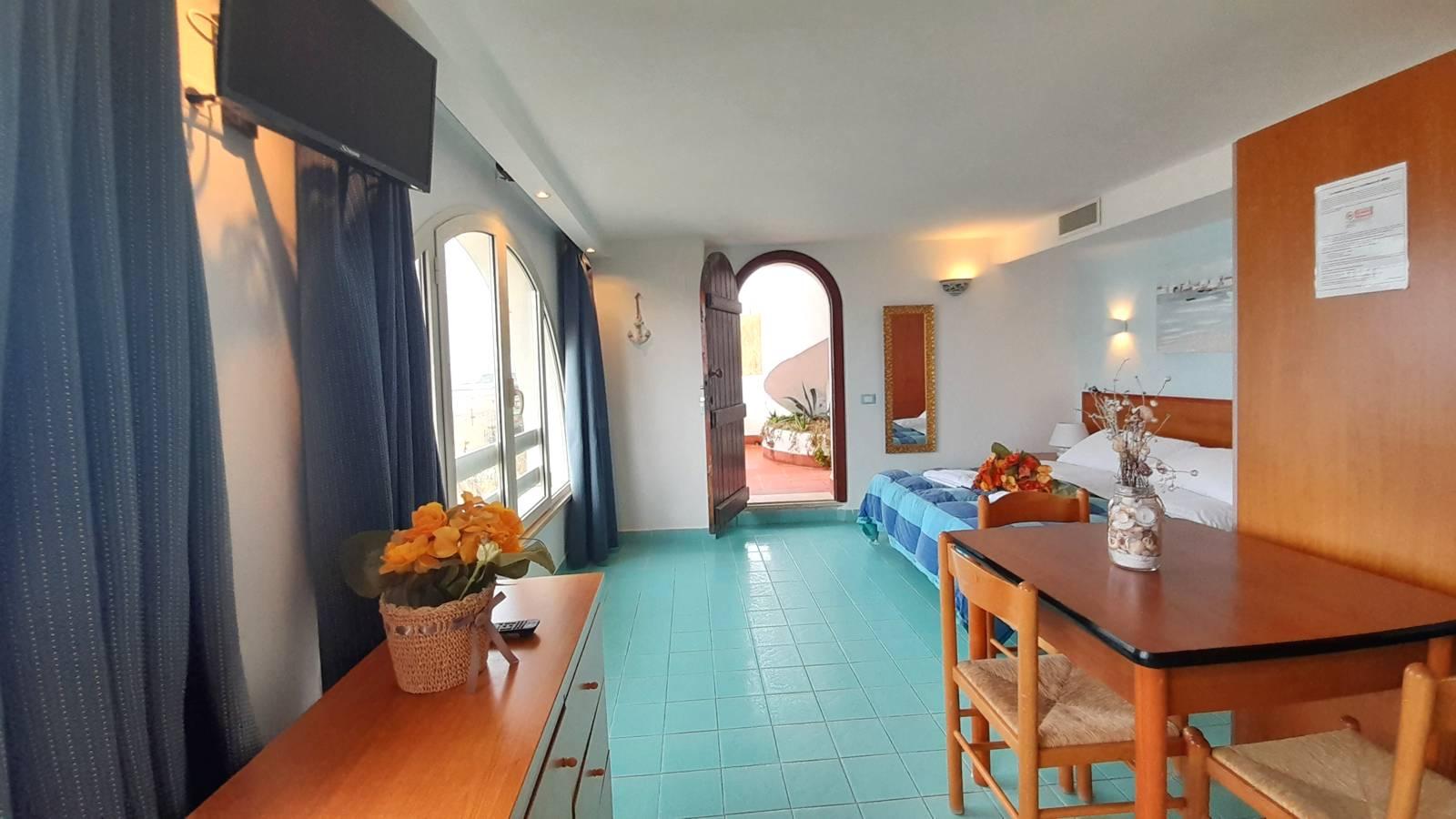 elianto_residence_fronte_mare_hotel_appartamenti_orchidea