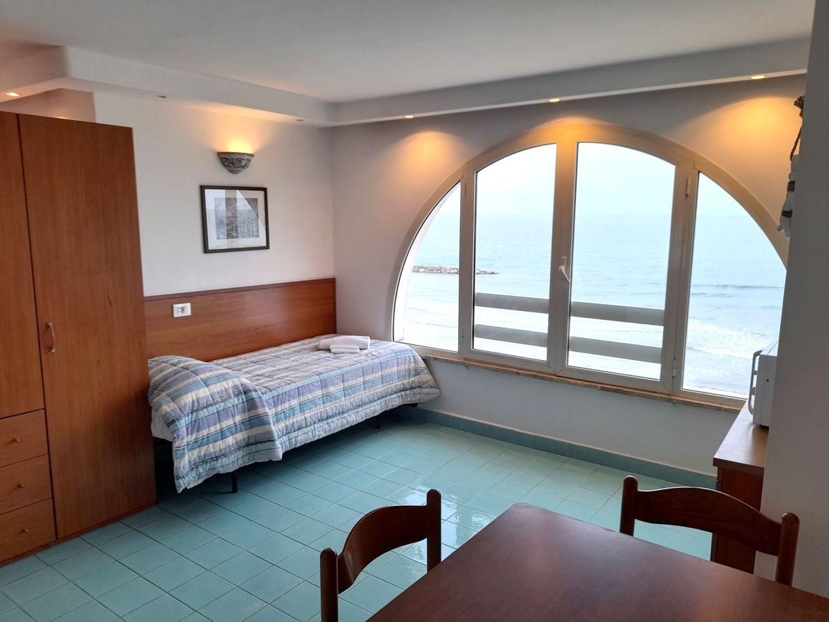 residence_anzio_elianto_fronte_mare_monolocale_mughetto_9_1200x900