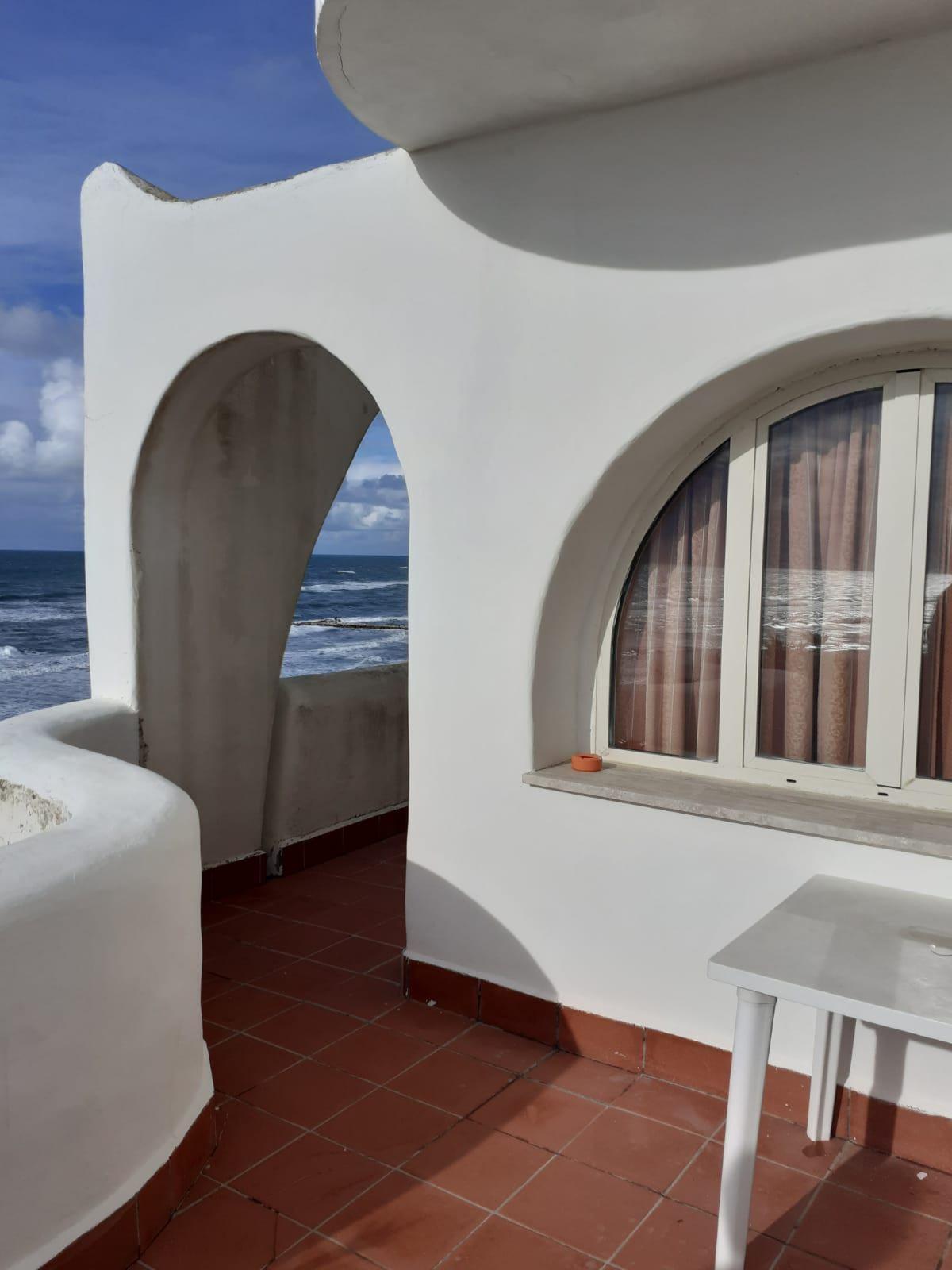 rosa1-elianto-anzio-appartamenti-residence-fronte-mare