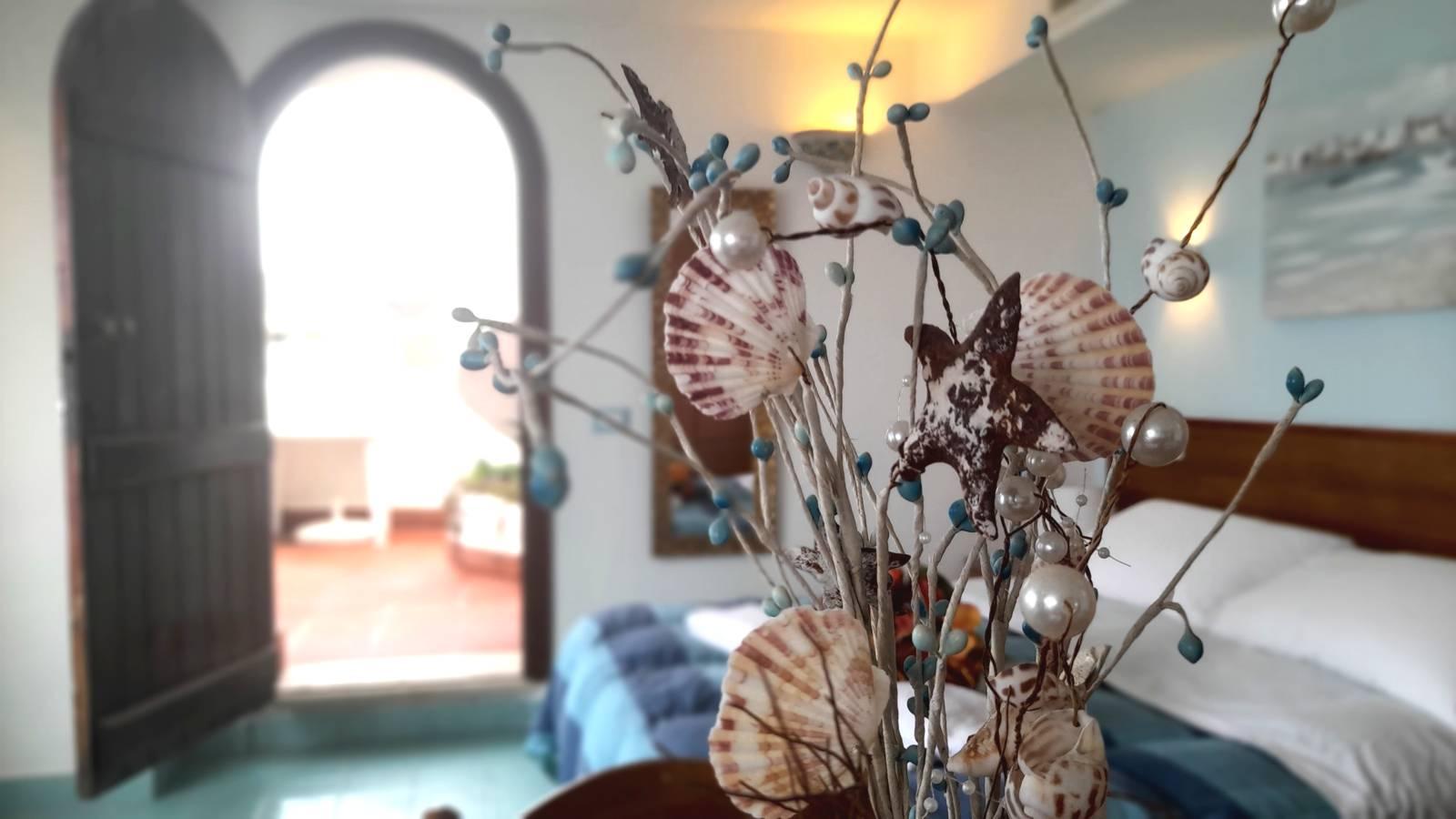 elianto_residence_anzio_appartamenti_fronte_mare_hotel_orchidea_interno_23
