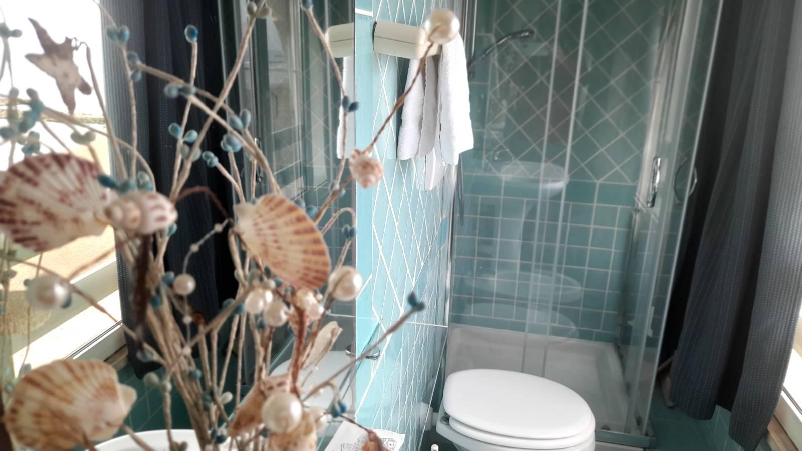 elianto_residence_anzio_appartamenti_fronte_mare_hotel_orchidea_interno_30