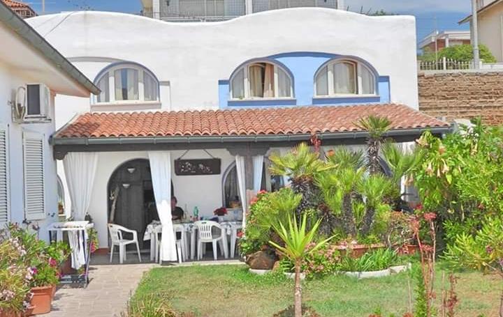 elianto_anzio_residence_appartamenti_vacance_anemone_esterno_4