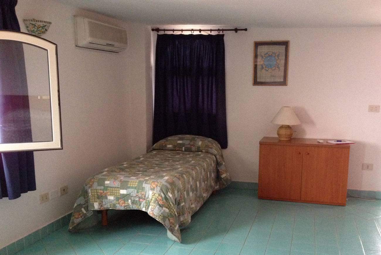 elianto_residence_anzio_appartamenti_fronte_mare_hotel_anemone_interno_4